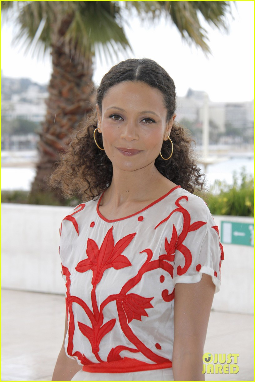 thandie newton rogue photo call in cannes 02