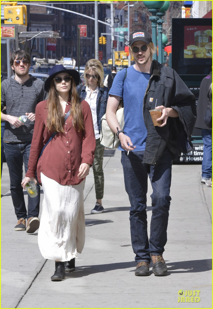 elizabeth olsen boyd holbrook soho strolling couple 05