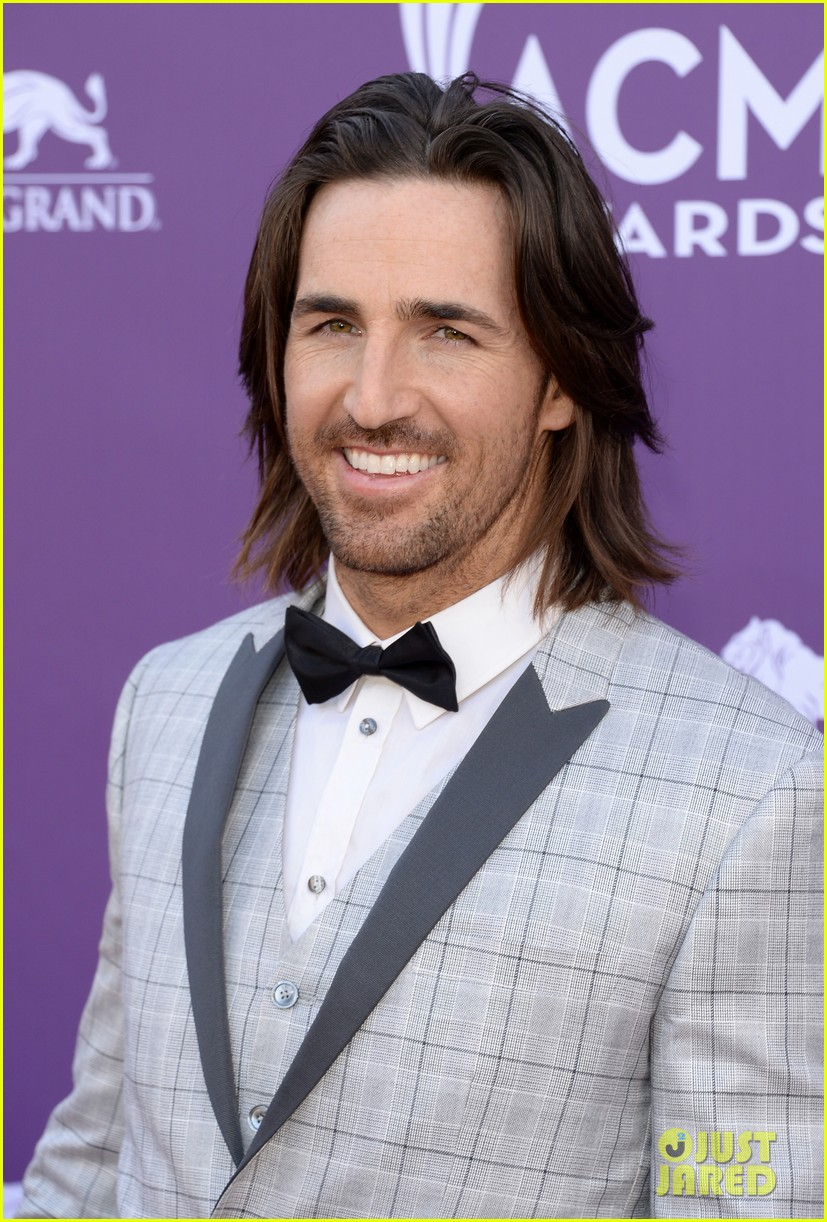 jake owen eric church acm awards 2013 red carpet 02