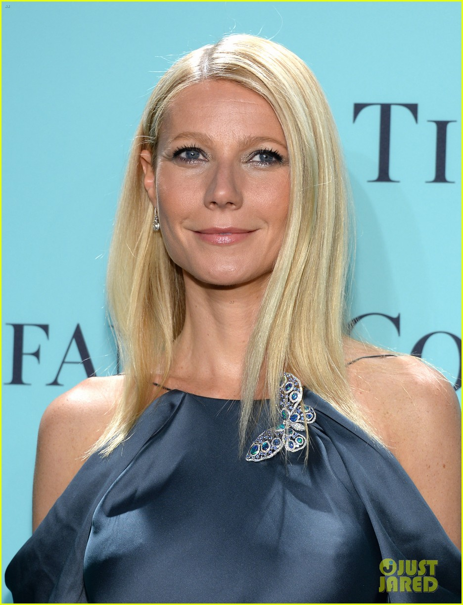 gwyneth paltrow sarah jessica parker tiffany blue book gala 14