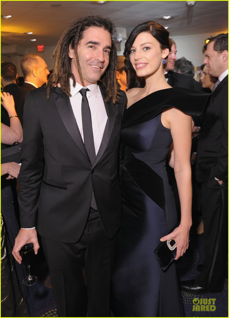 jessica pare white house correspondents dinner 2013 red carpet 04