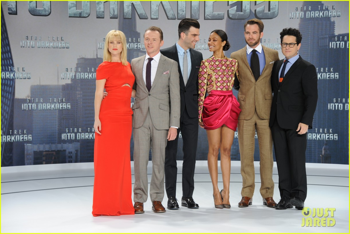 chris pine zoe saldana star trek into darkness in berlin 112860723