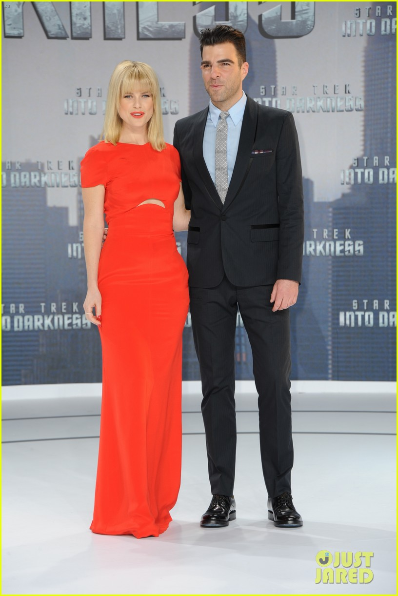 chris pine zoe saldana star trek into darkness in berlin 26