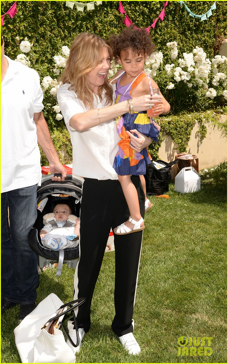 ellen pompeo eric dane mothers day garden party 16