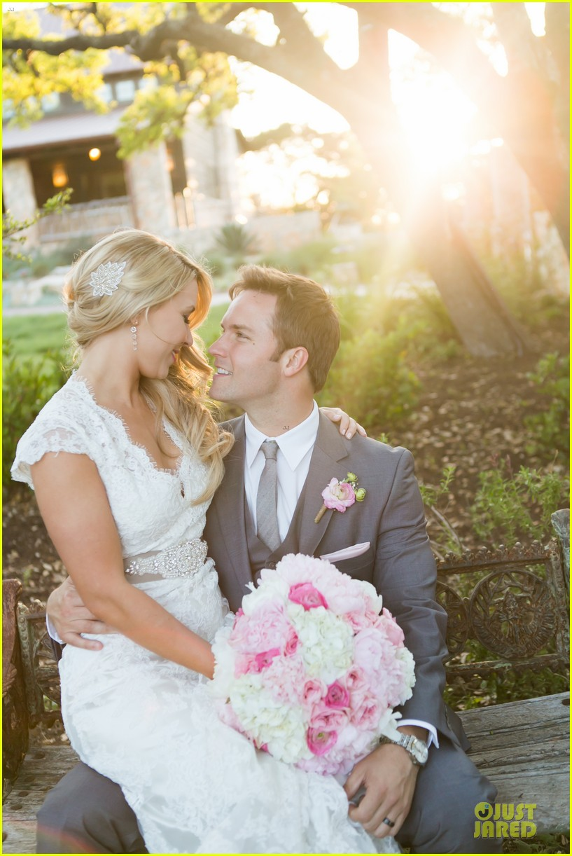 scott porter official wedding photos details 02