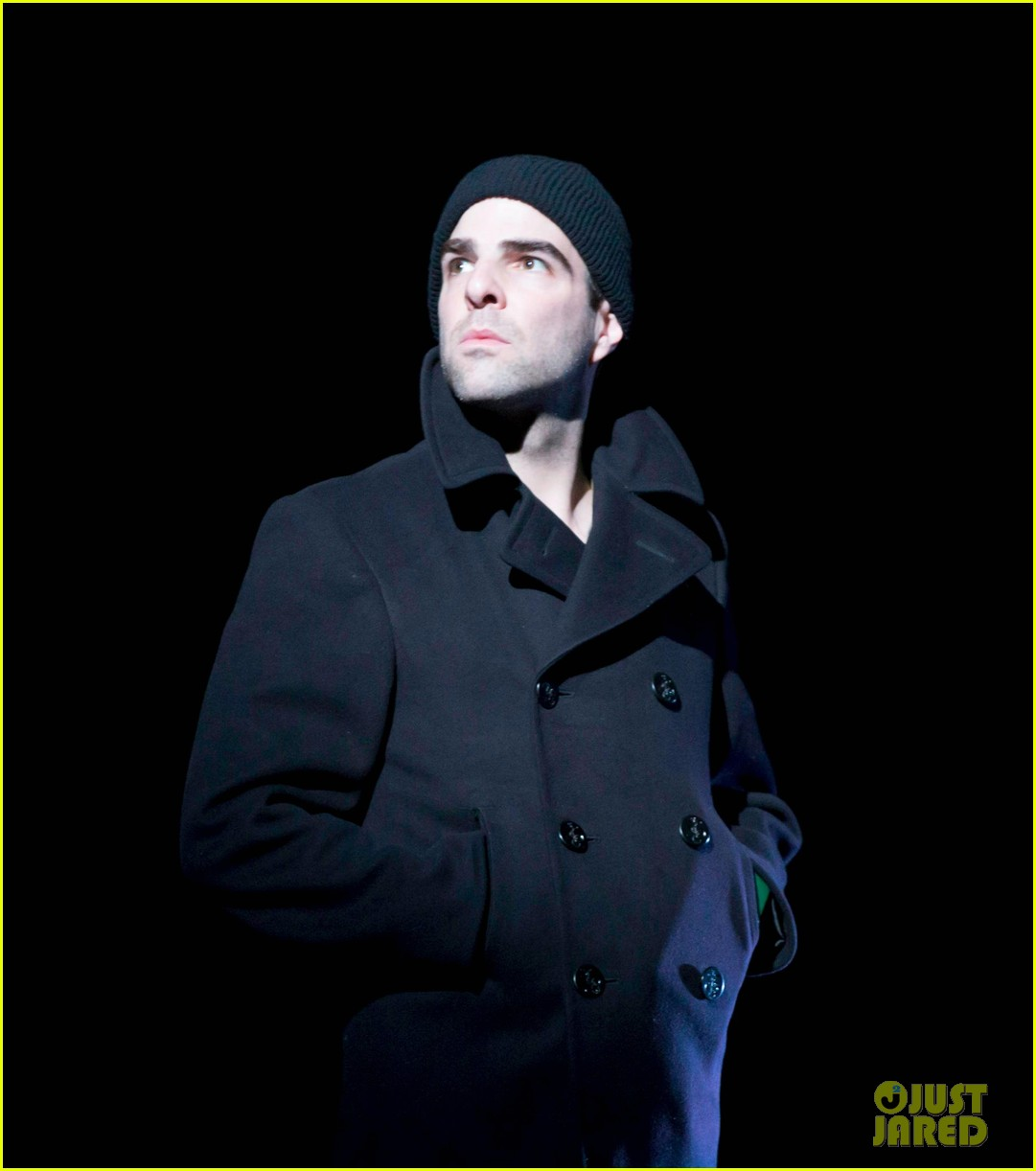 zachary quinto broadway debut in glass menagerie 02