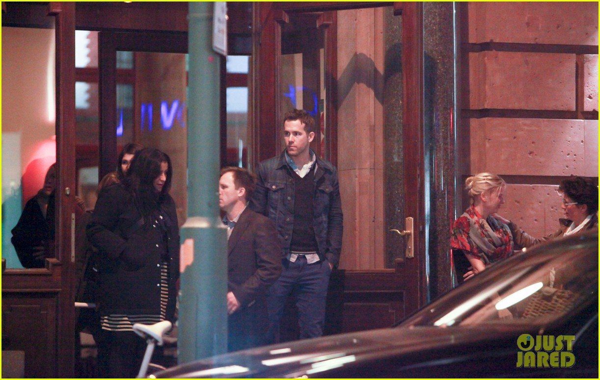 ryan reynolds berlin dinner with gemma arterton 212855708