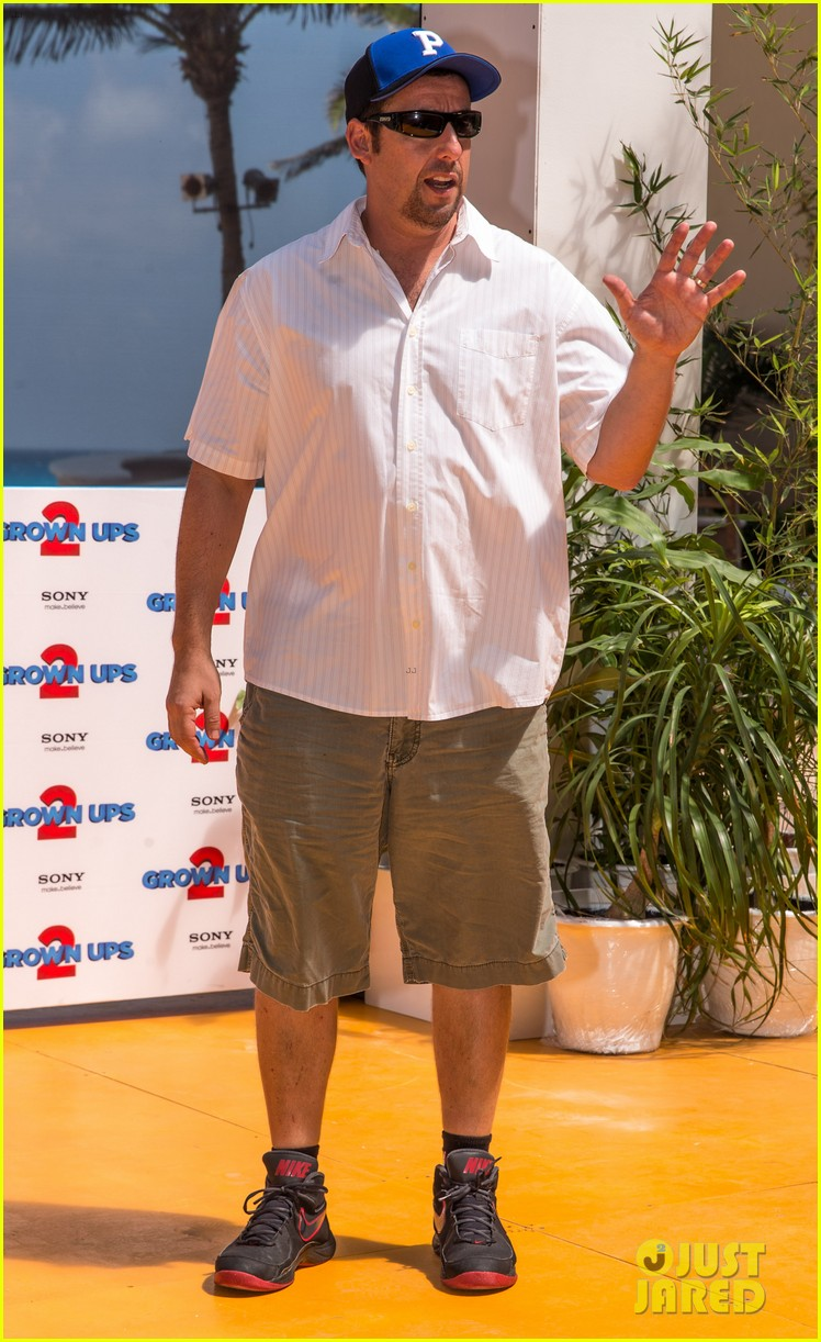 adam sandler taylor lautner grown ups 2 in cancun 22