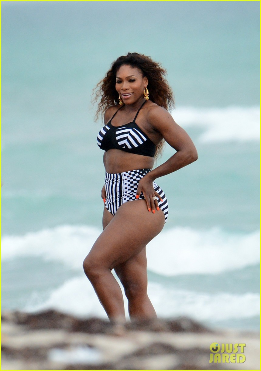 serena williams bikini beach photo shoot 18