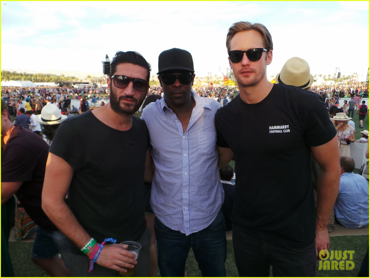 alexander skarsgard coachella with buddies keith fares 03