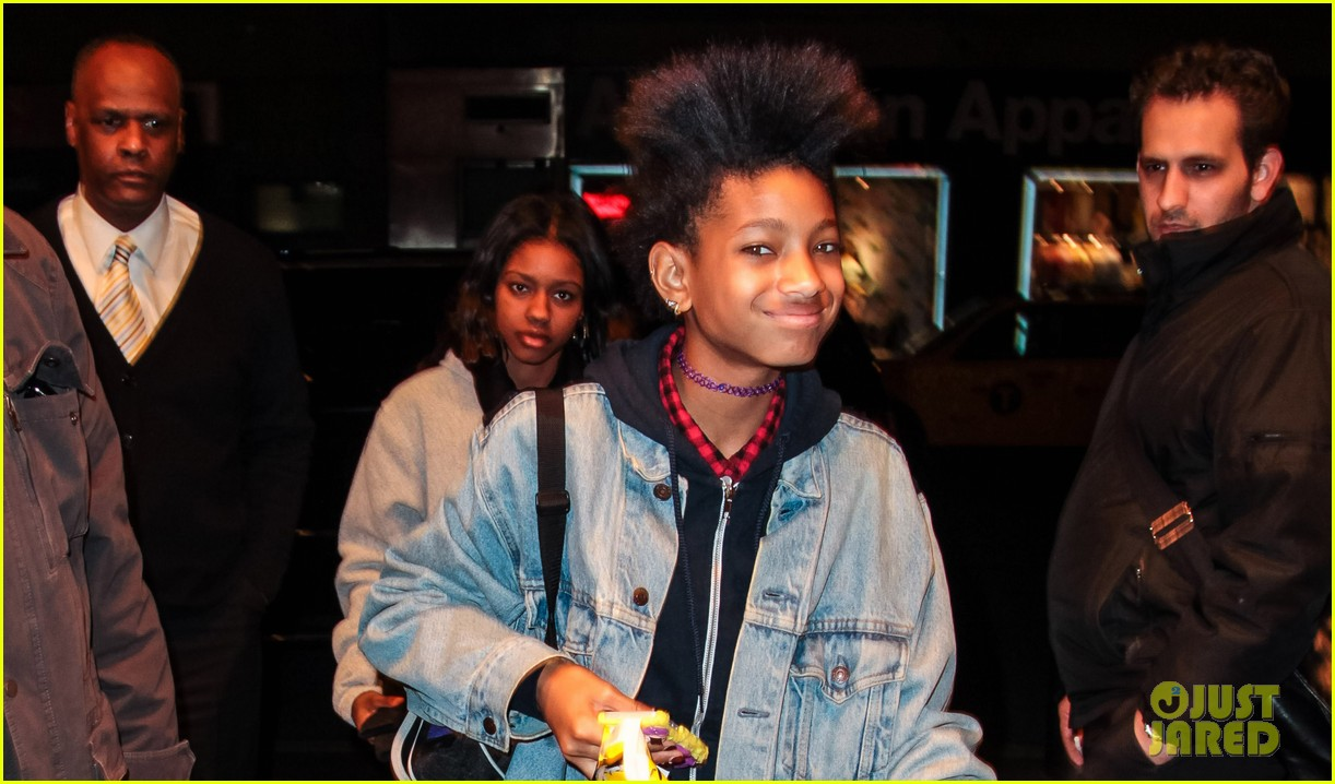 willow smith new york city shopping spree 022843737