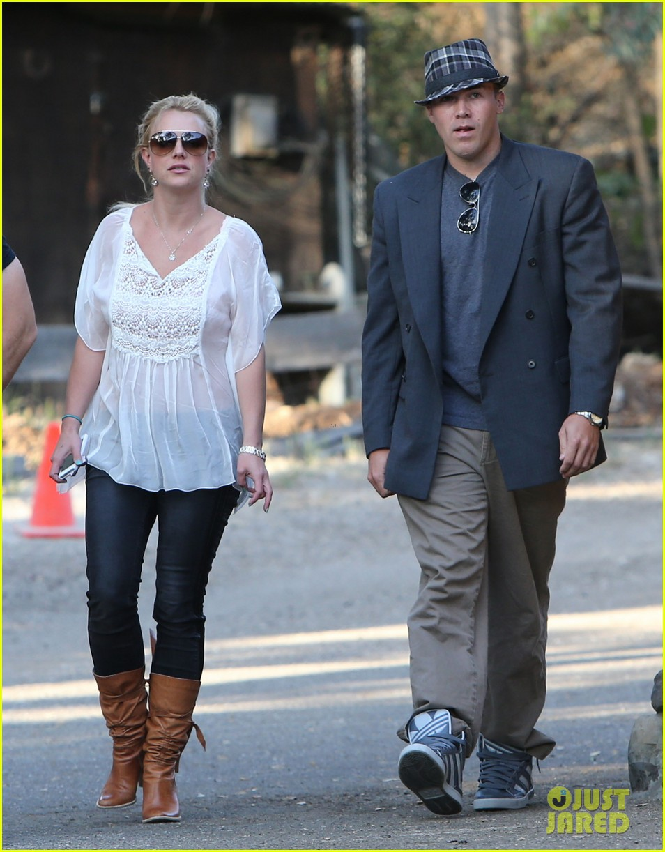 britney spears david lucado old place cornell couple 09