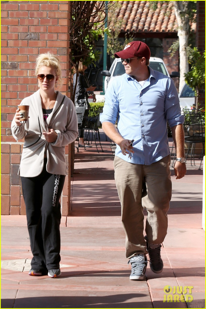 britney spears david lucado breakfast shopping duo 012858055