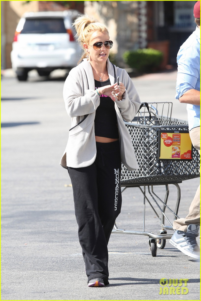 britney spears david lucado breakfast shopping duo 11