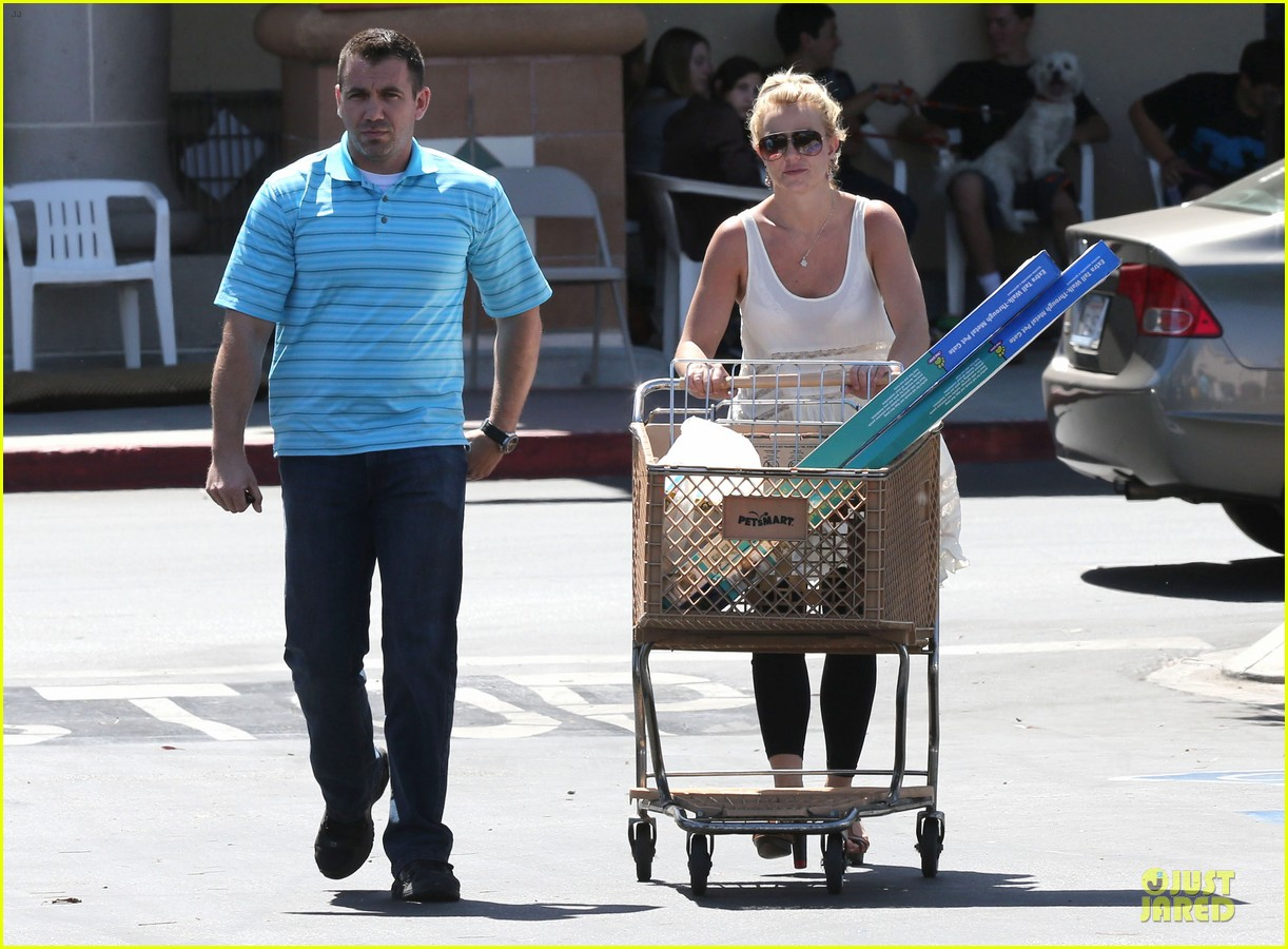 britney spears petsmart pet shopping 122854220