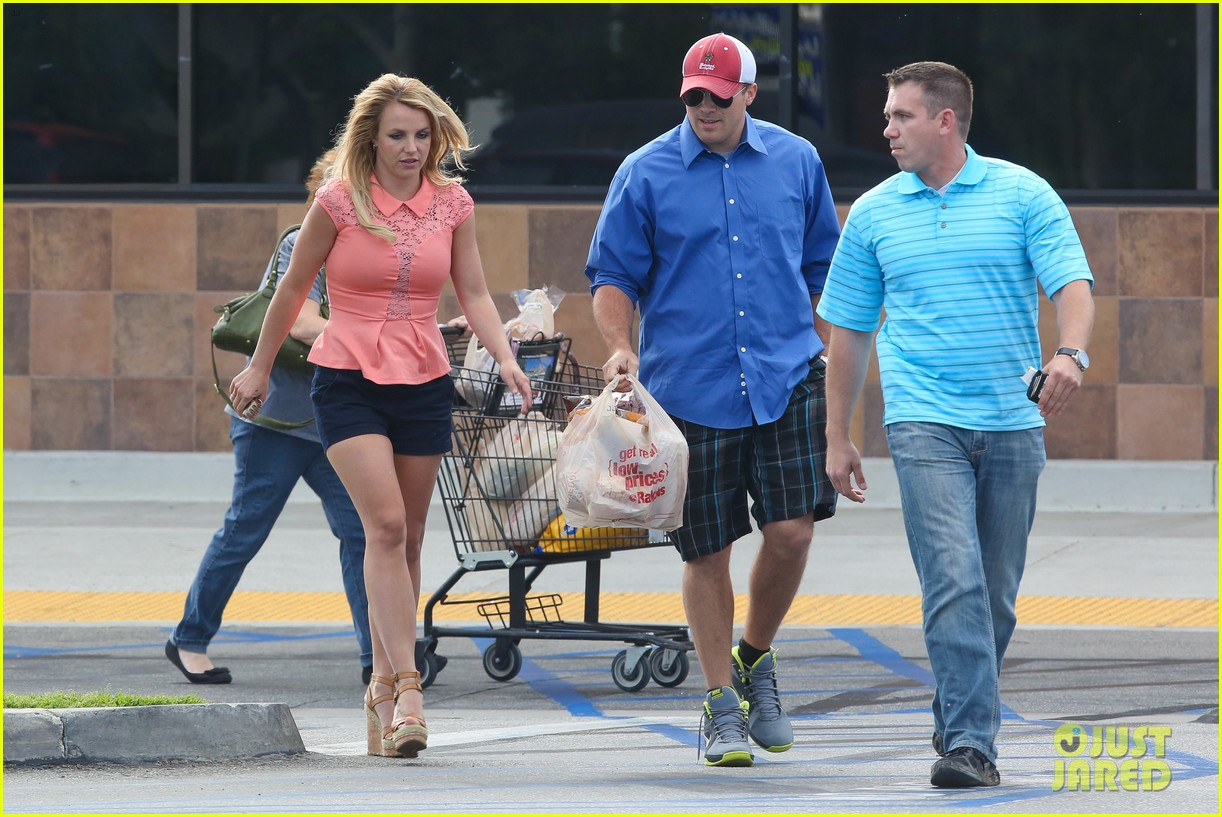 britney spears david lucado saturday ralphs run 09