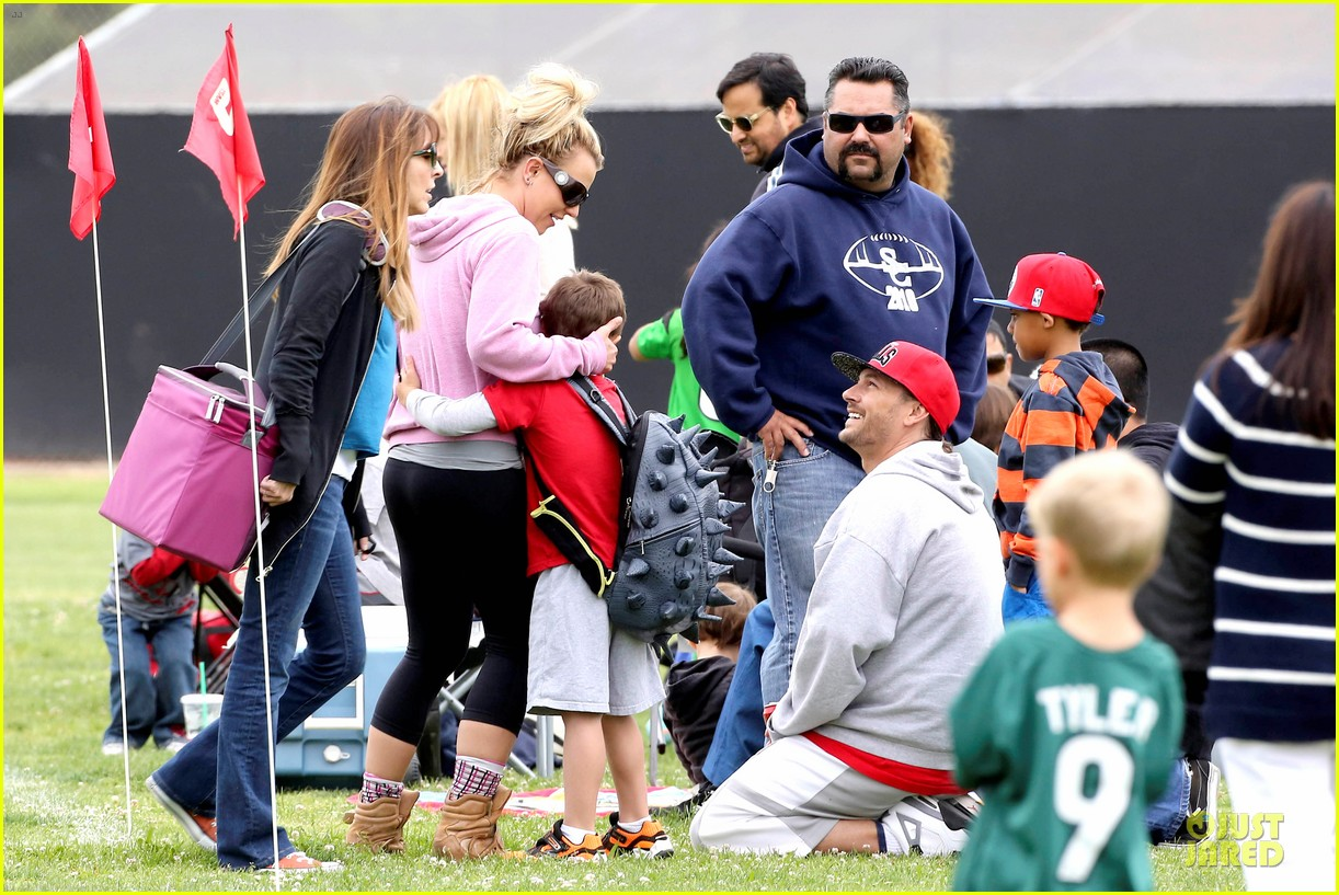 britney spears kevin federline boys sunday soccer game 172849862