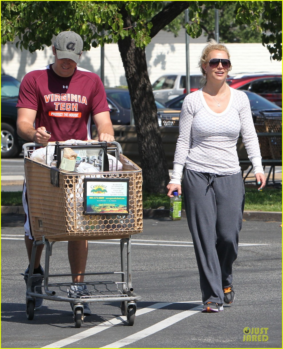 britney spears vons grocery shopping 102855920