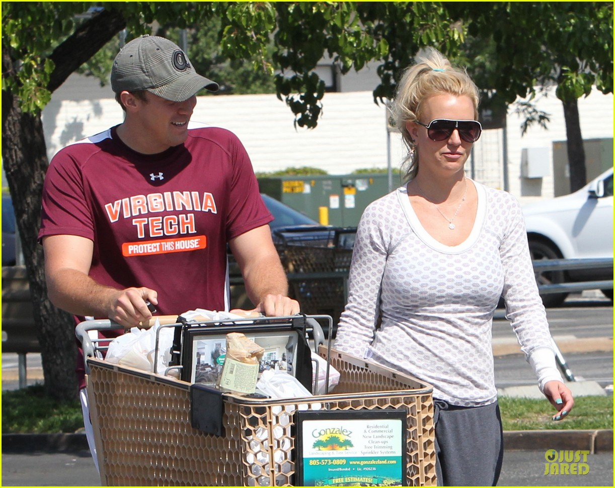 britney spears vons grocery shopping 14