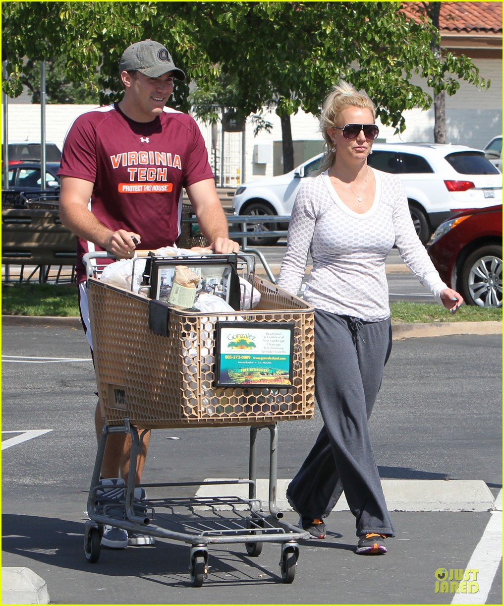 britney spears vons grocery shopping 15