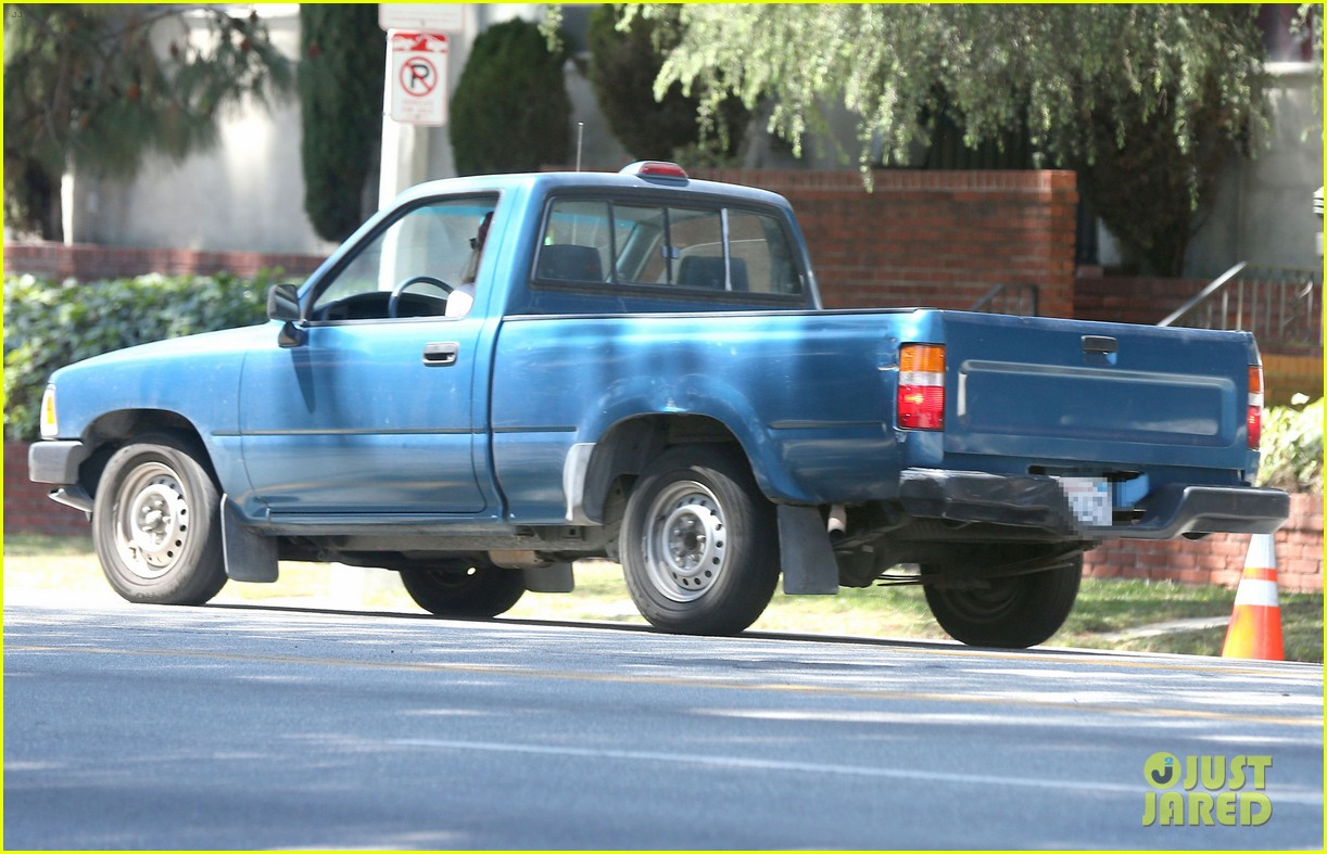 kristen stewart truck driver in los angeles 052854306