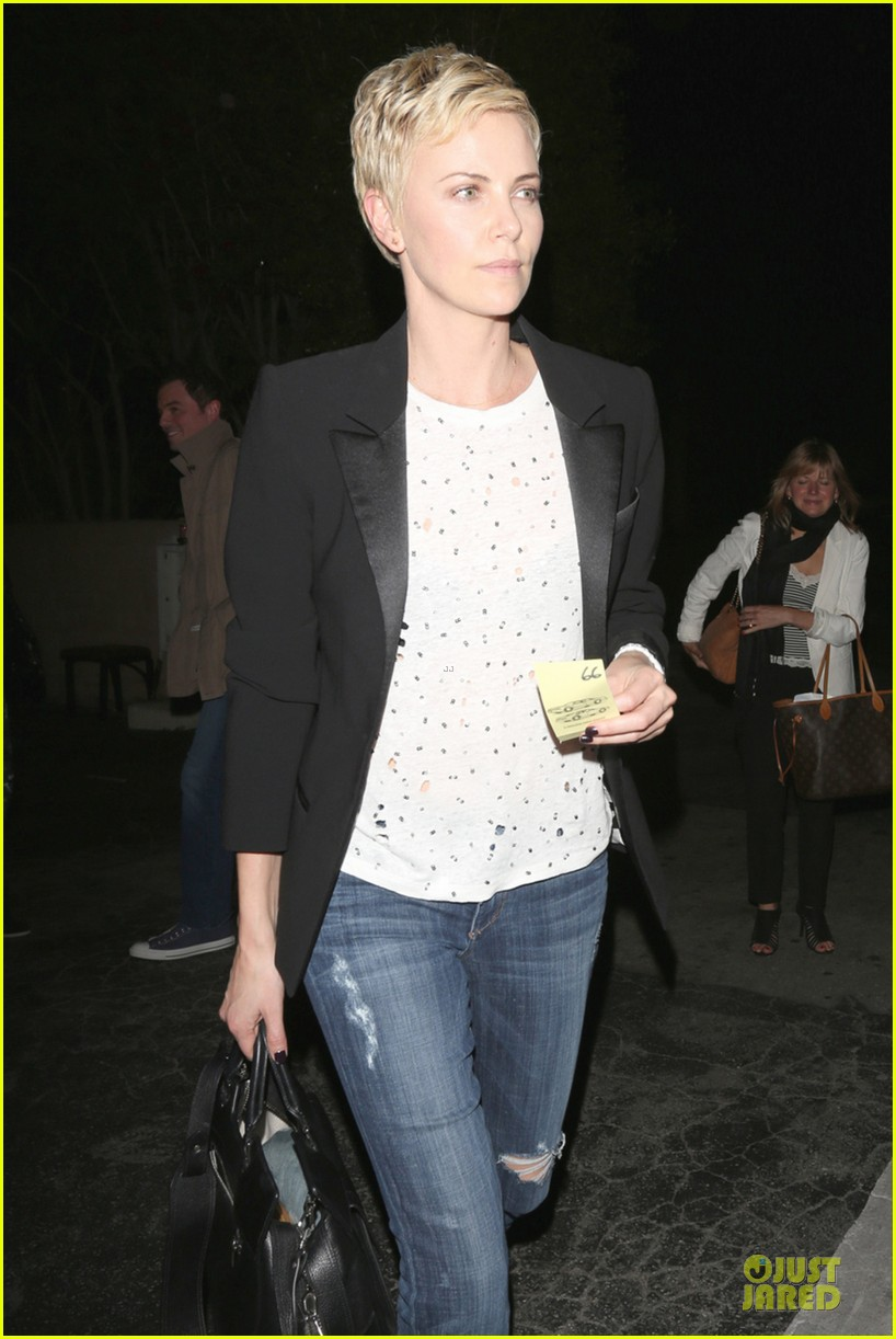 charlize theron matsuhisa dinner with seth mcfarlane 02