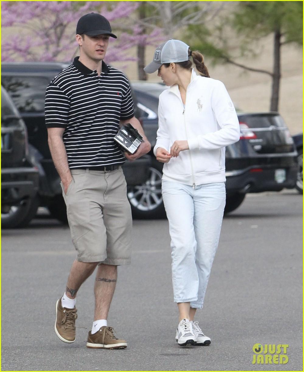 justin timberlake jessica biel golf date duo 102850403