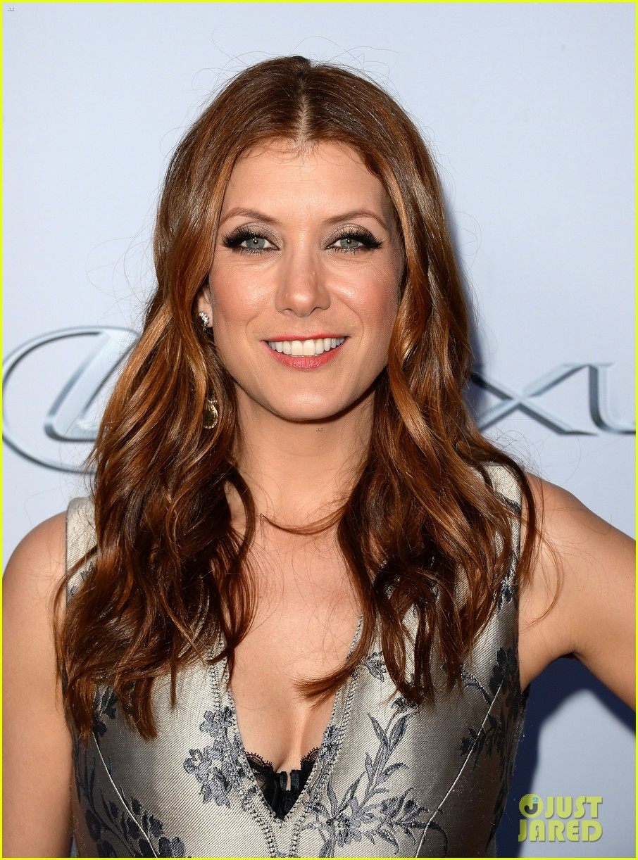kate walsh ashley tisdale scary movie 5 premiere 04