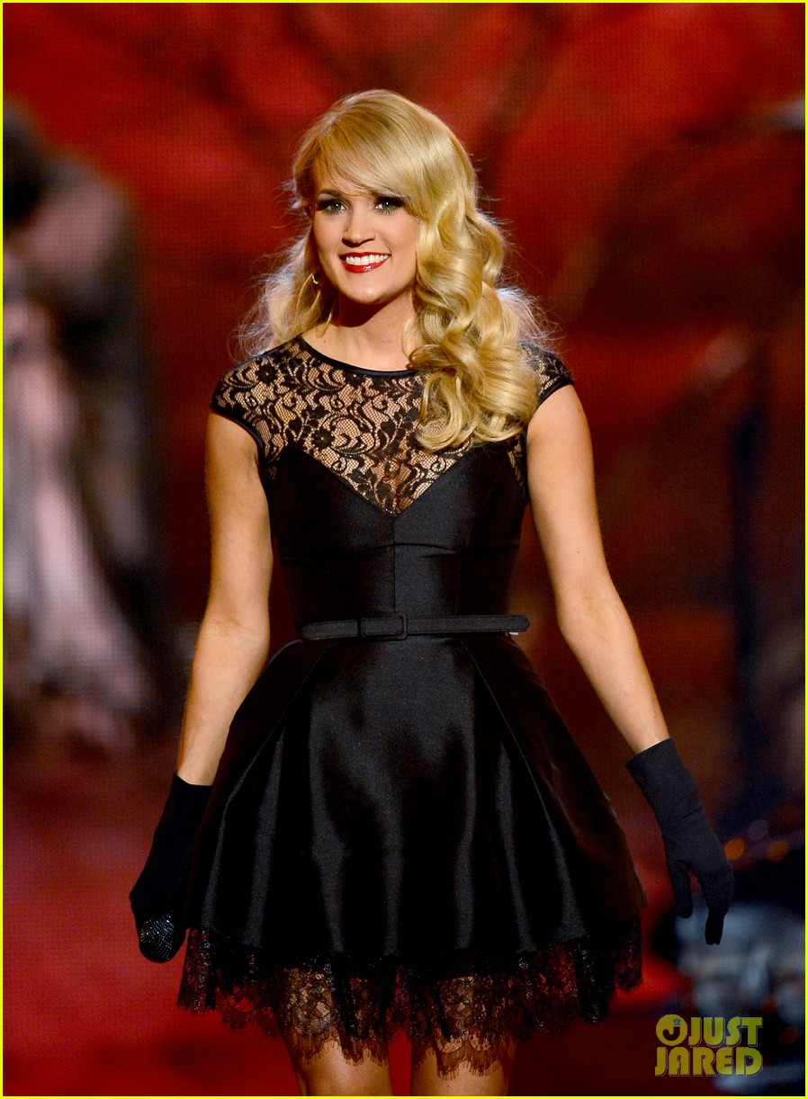 carrie underwood acm awards performance 2013 video 04