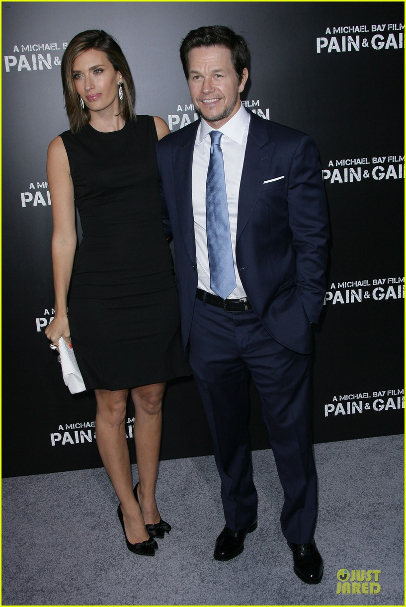 mark wahlberg rhea durham pain gain hollywood premiere 20