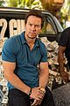 mark wahlberg denzel washington 2 guns mexican photo call 05