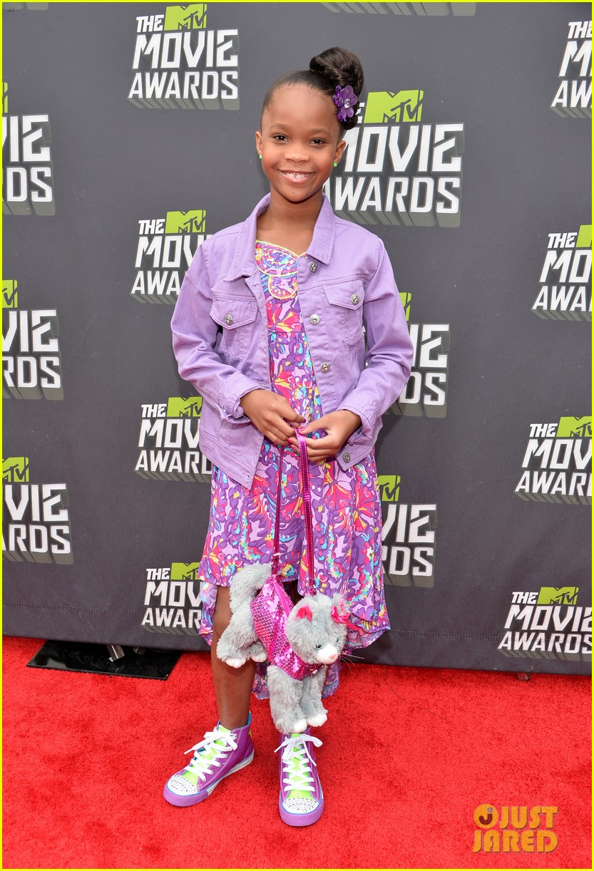 quvenzhane wallis mtv movie awards 2013 red carpet 02