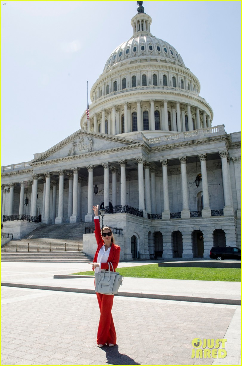kate walsh lobbies on capitol hill to end offshore drilling 03