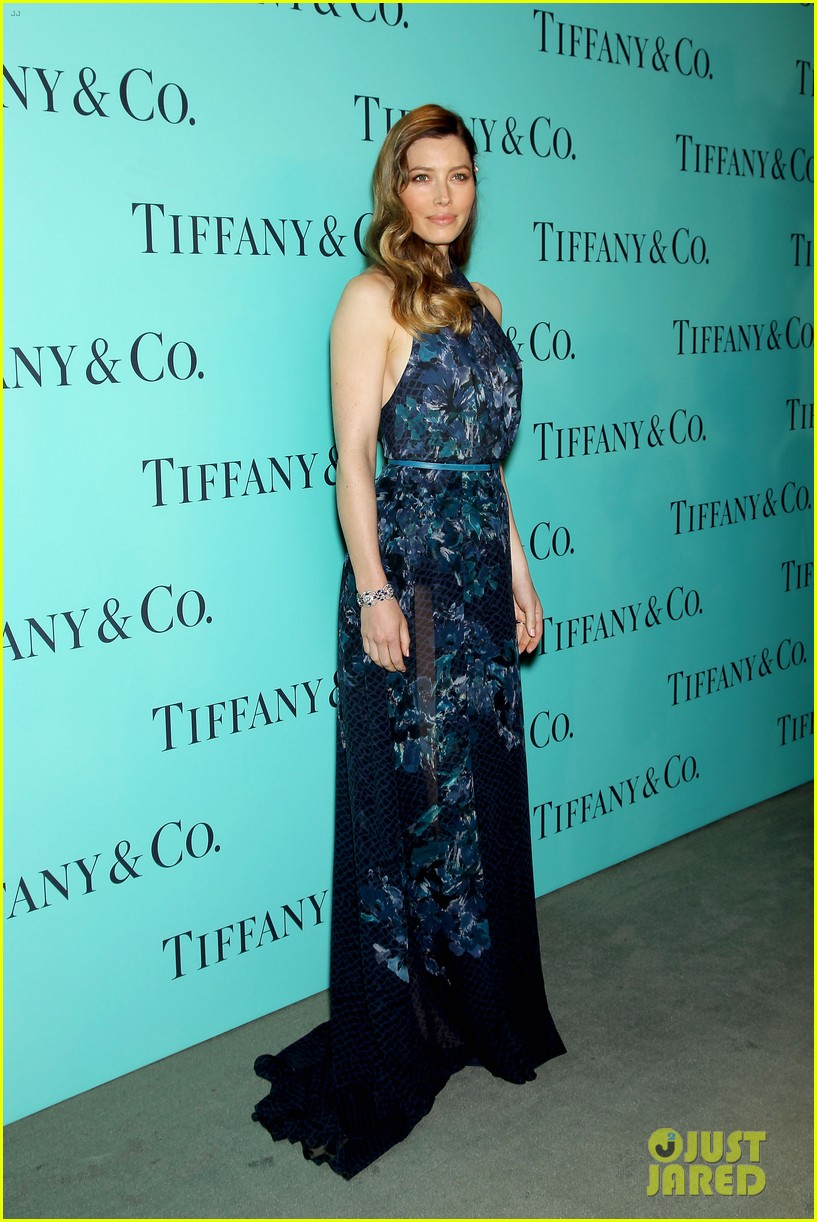 michelle williams jessica biel tiffany blue book gala 03