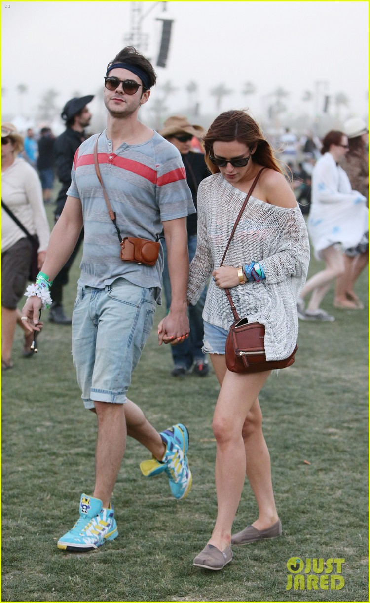 rumer willis lacoste lve pool party with jayson blair 01