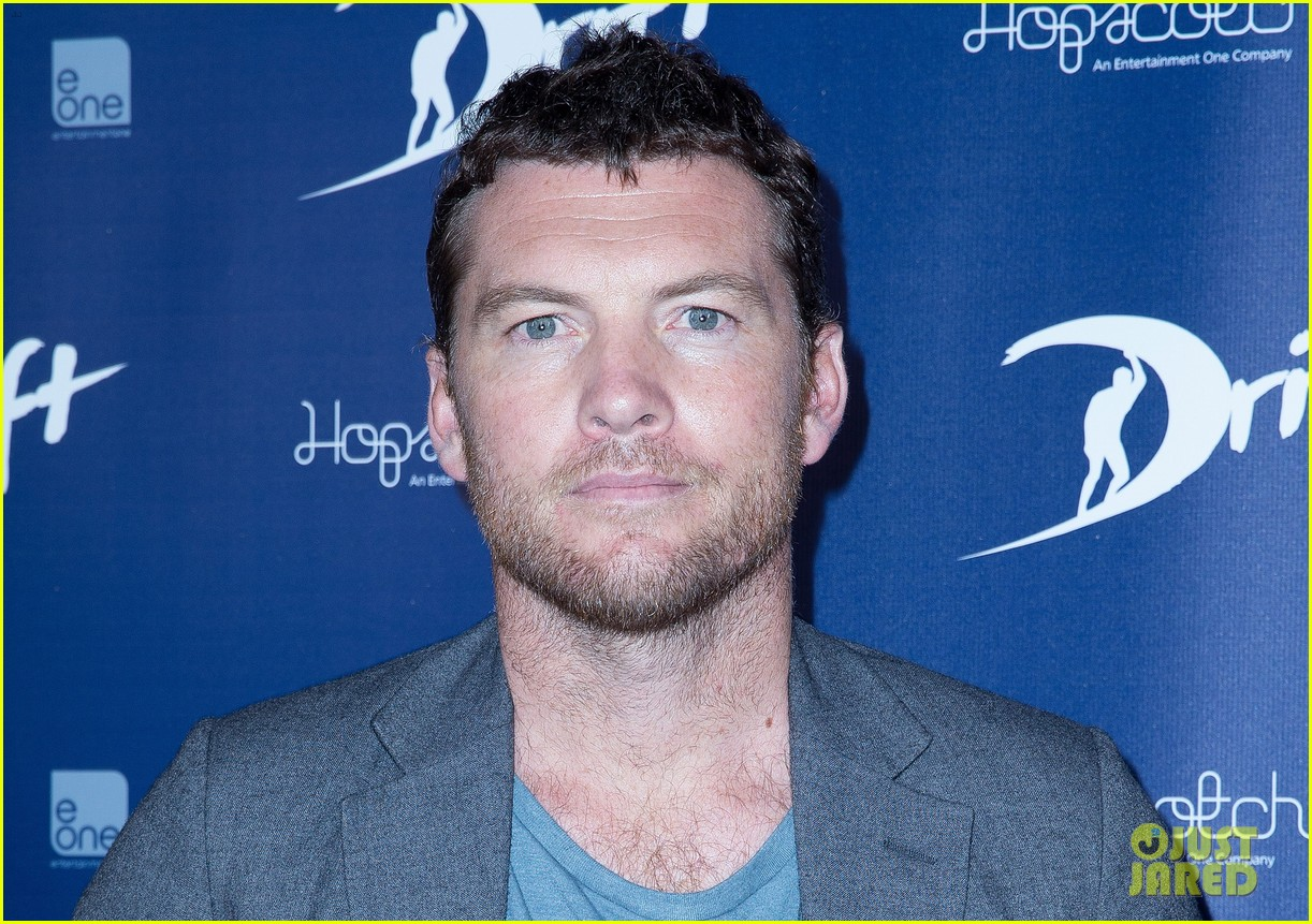 sam worthington xavier samuel drift sydney photo call 03