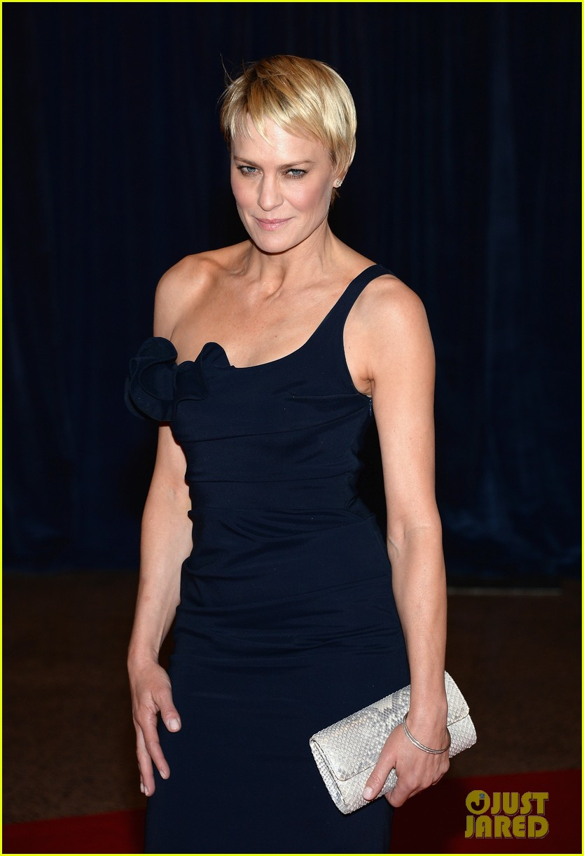 robin wright white house correspondents dinner 2013 02