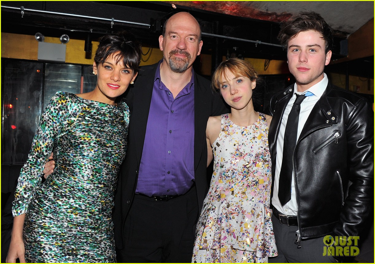 zoe kazan sterling beaumon the pretty one premiere 05