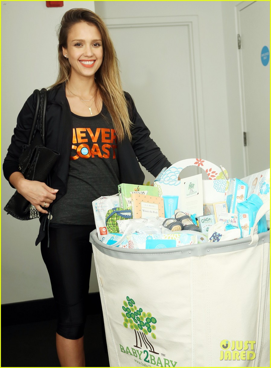 jessica alba cycling fundraiser for baby2baby 11