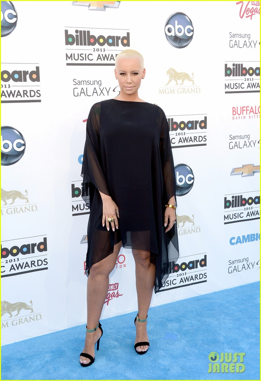 wiz khalifa amber rose billboard music awards 2013 red carpet 03