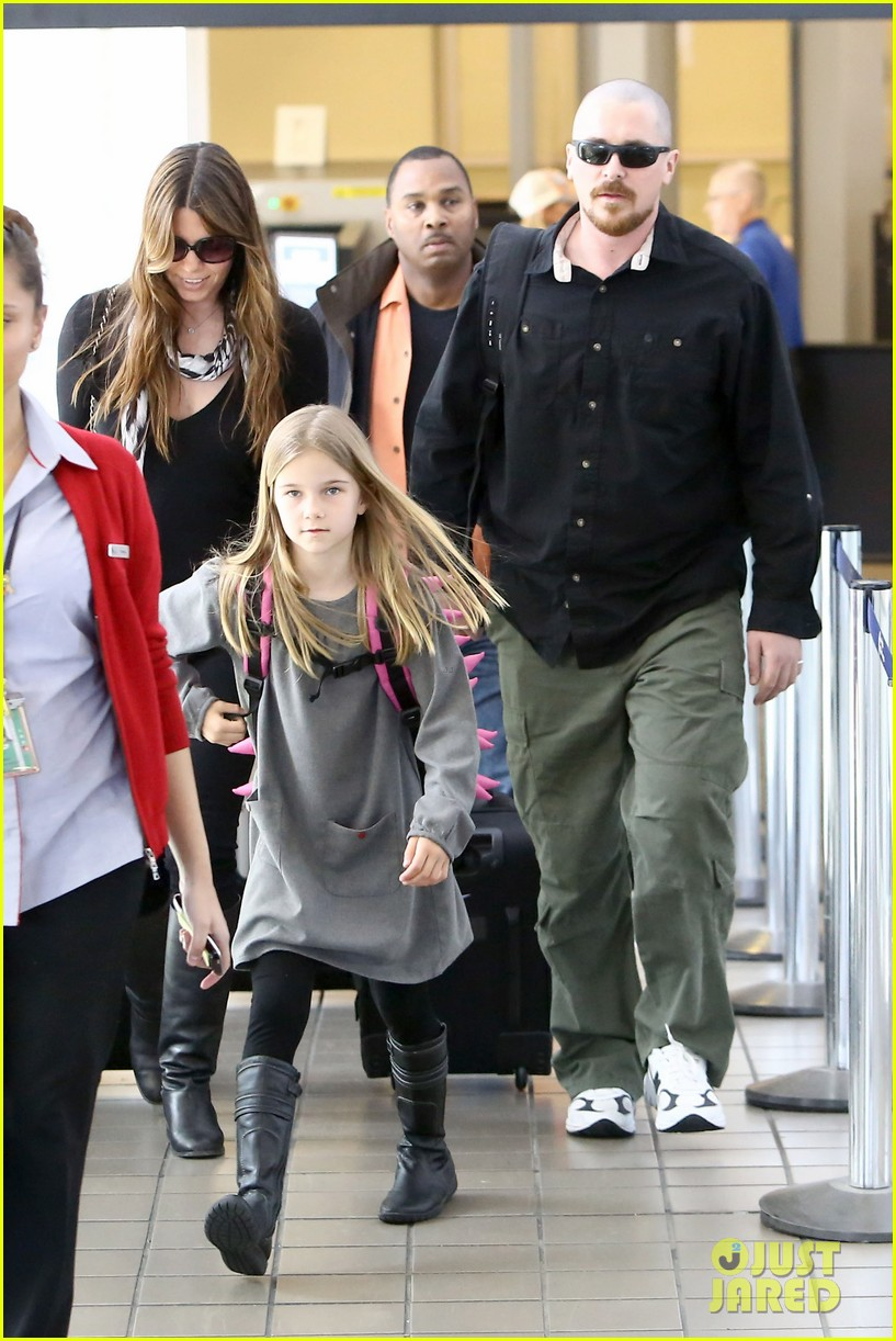christian bale buzz cut at lax 052874429