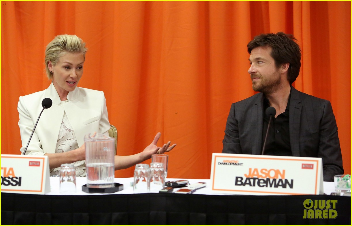 jason bateman portia de rossi arrested development press conference 212863887