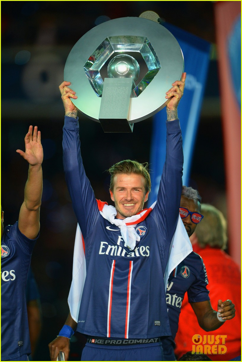 david beckham celebrates final soccer game with family 02
