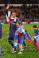 david beckham celebrates final soccer game with family 18