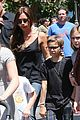 victoria david beckham separate shopping trips with the kids 09