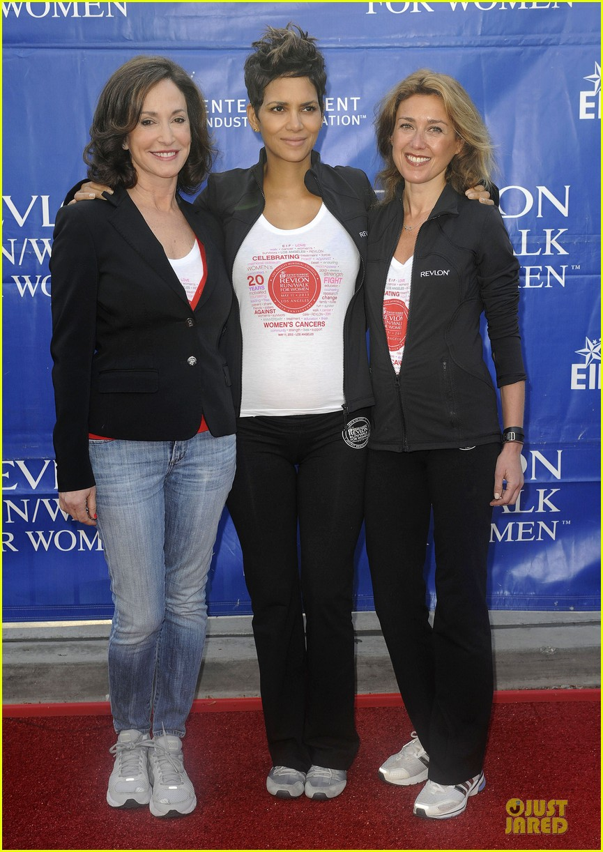 halle berry revlon run for women in la 132868383