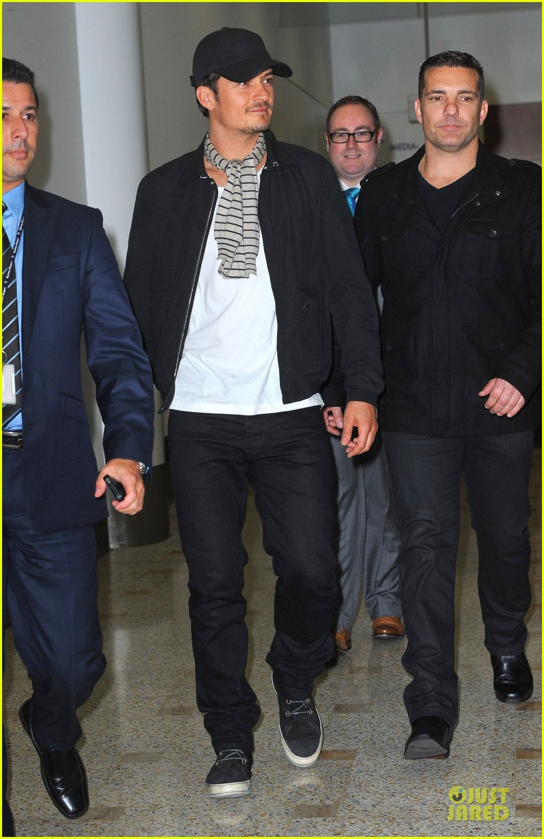 orlando bloom australia arrival after cannes 052879755