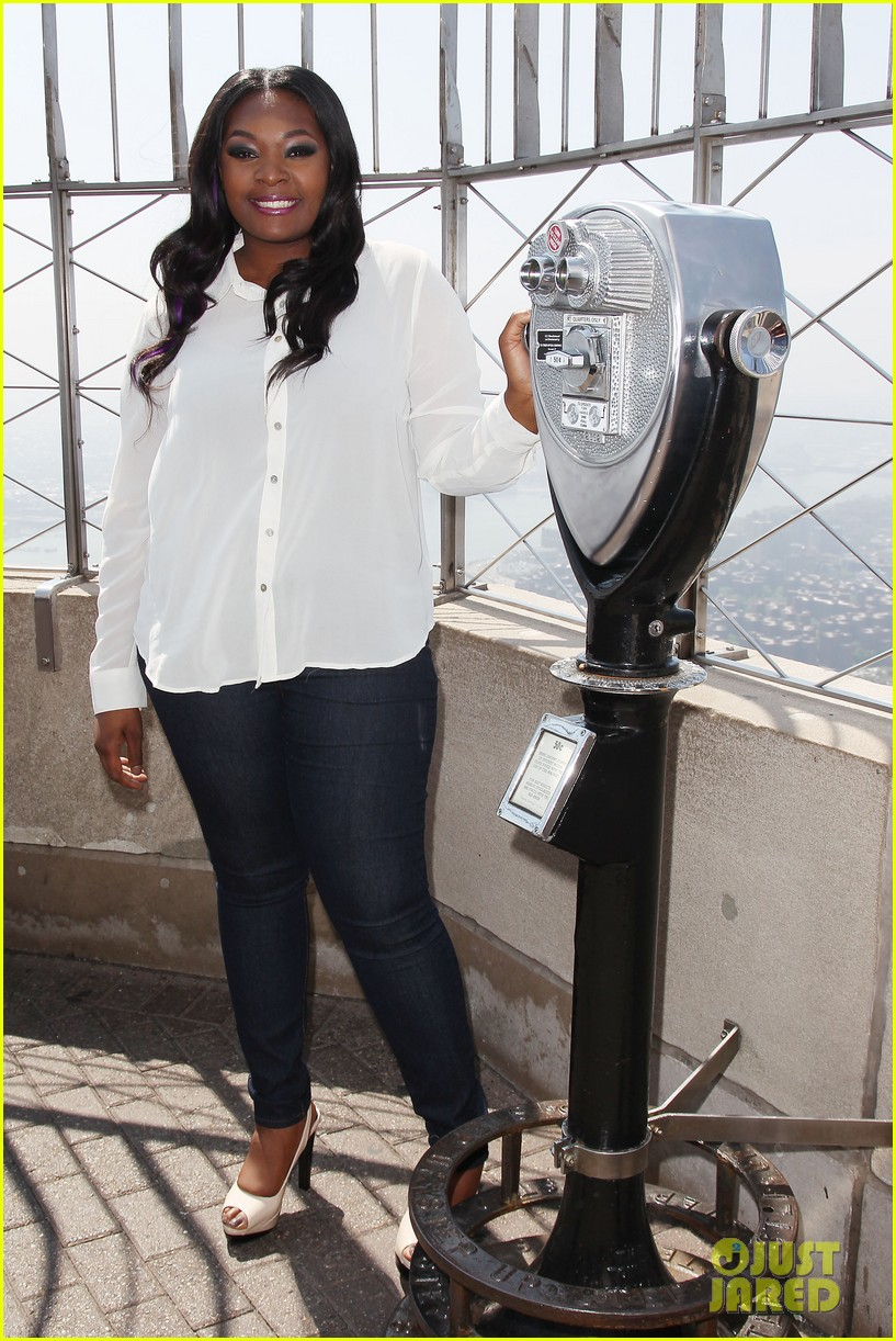 american idol winner candice glover visits empire state building exclusive quotes 052875593