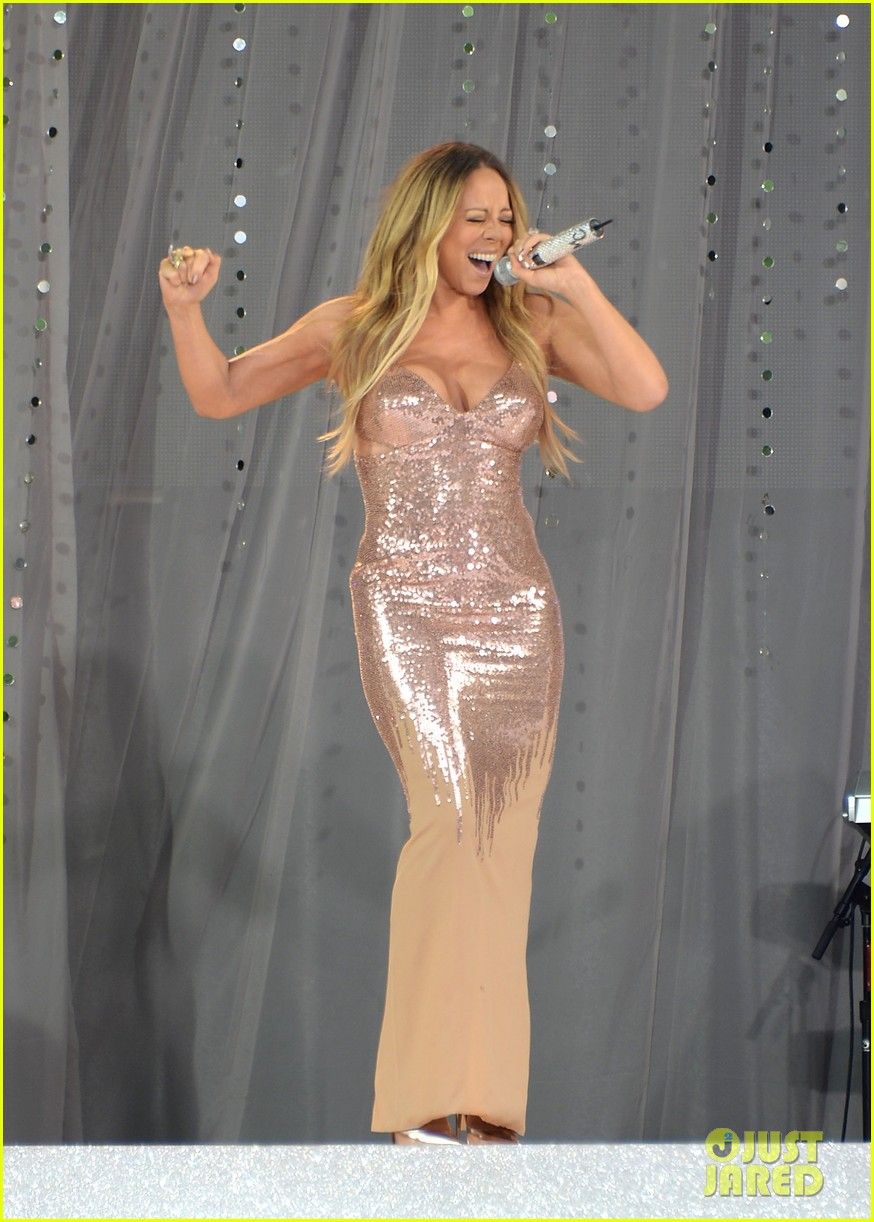 mariah carey wardrobe malfunction on gma 012877415