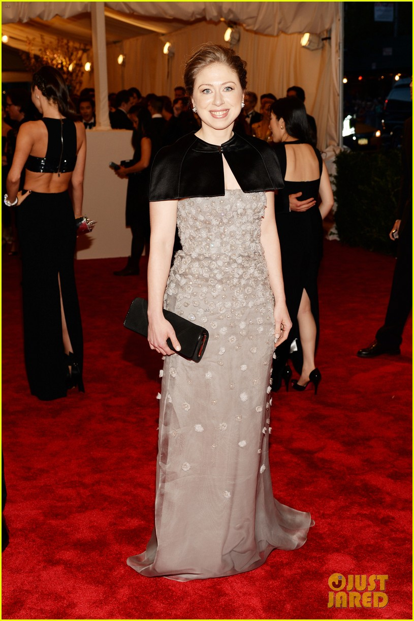 chelsea clinton marc mezvinsky met ball 2013 red carpet 032865778